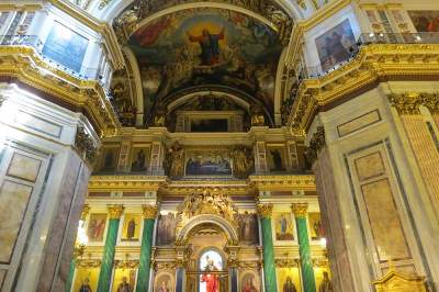 St. Isaacs Cathedral walking tour