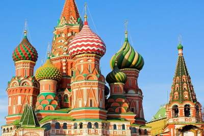 City Tour with Visit to St. Basils & Red Sq. with transport