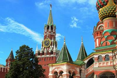 Kremlin, Red Sq., Cathedrals & Armory Tour