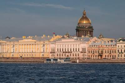 City Tour of St. Petersburg with visit to Peter & Paul Fortress and St. Isaac's Cathedral