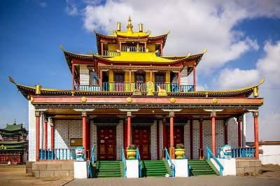 Tour to Ivolginskiy Buddhist Temple (Datsan) with transport