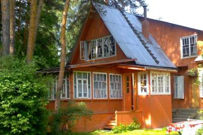 Visit to a Dacha - typical Russian summer house