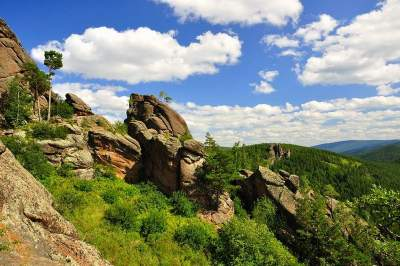 Tour to Stolby Nature Reserve with transport