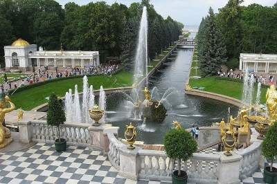 Tour to Peterhof (Petrodvorets) by hydrofoil