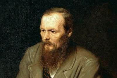 Dostoevsky Museum walking tour