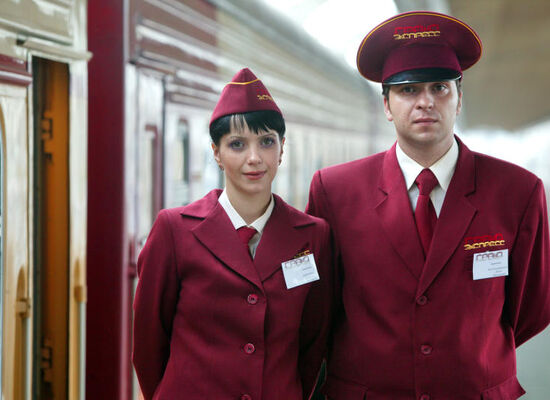 The Moscow to St. Petersburg Grand Express train (N053/054) decreases its number of carriages