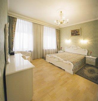Appartement B. Konyushennaya 3-25