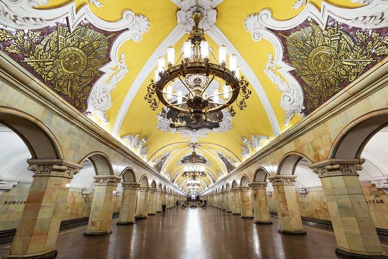 Mosca  Visita al Metro di Mosca senza trasporto