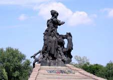 Kiev  Visit to the memorial Babiy Yar