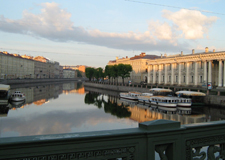 St. Petersburg  Boat Excursion Along the Canals with transfer to the pier