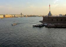 Saint Pétersbourg  Tour de ville avec transport y compris la visite de la Forteresse Pierre et Paul et la cathédrale Saint- Isaac