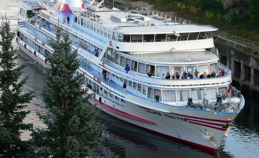 "M/S ""Lev Tolstoy"" will stop working with foreign guests in 2019"