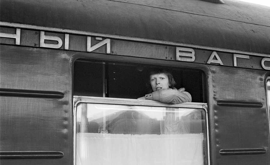 David Bowie: the mysterious passenger of the Trans-Siberian Railway