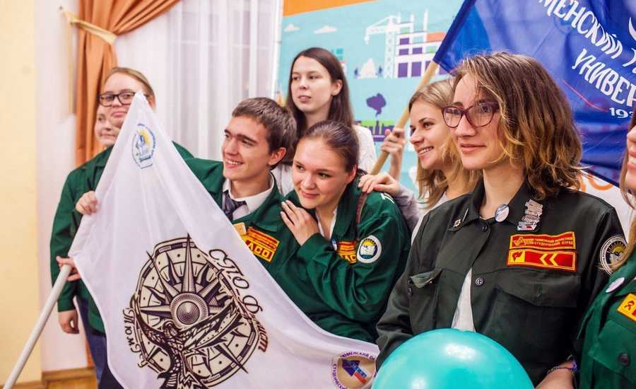 The Students' Teams would work on board of the Russian Trains