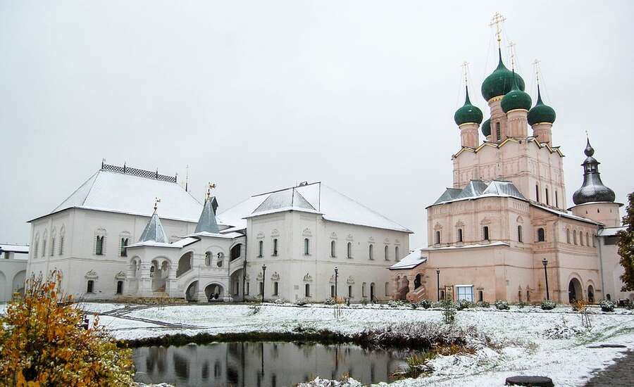 A dip into the history of Ancient Rus: a glance from the surface