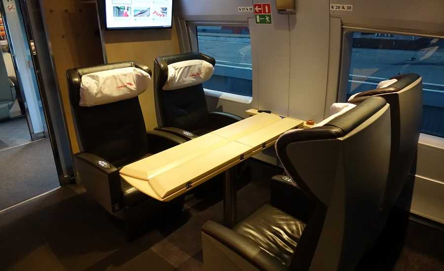 Different Seating Classes on the Sapsan Train - Conference Room