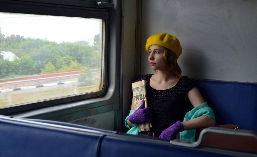 Why do Russians Travel by Train So Much? - Young girl