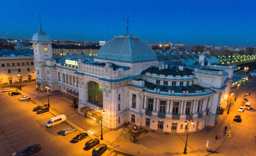 The First Russian Railway - Vitebsky Station
