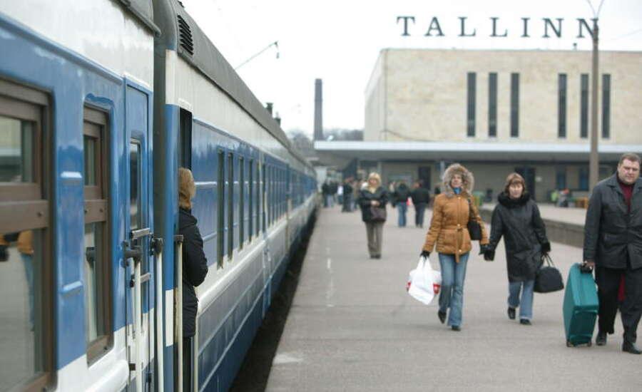 Travelling from Tallinn to St Petersburg - Train