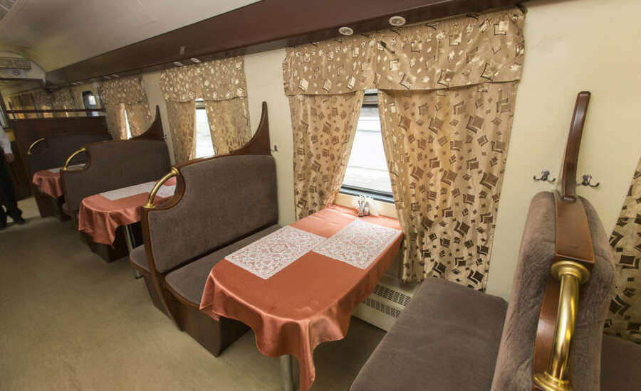 Useful tips for traveling on the Trans-Siberian Railway - Restaurant car