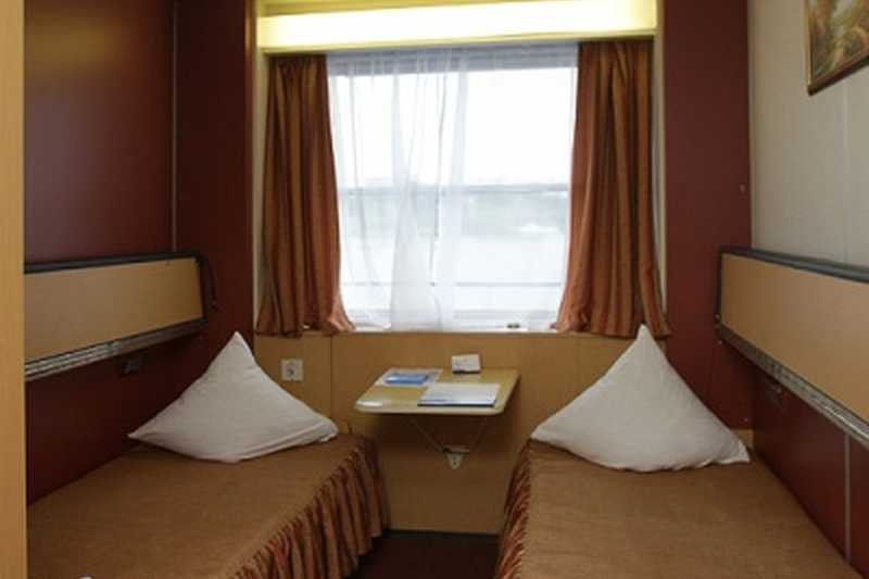 Twin Cabin on MS Surikov