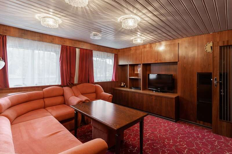 Suite cabin on MS Chicherin